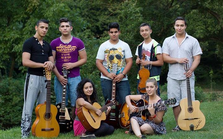 Diákjaink hangszereikkel